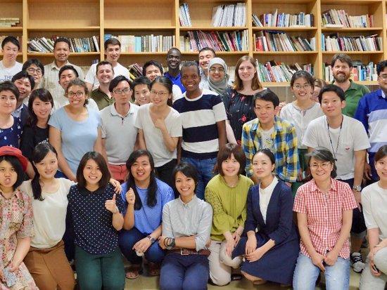 OSIPP-students-professors-group-photo