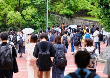 Students heading for home Toyonaka Campus